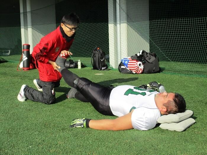 ケガに強いスポーツトレーナーの施術を学ぼう!