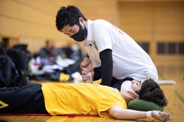 スポーツトレーナー×鍼灸師