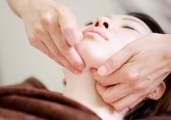 やさしい鍼でリフトアップ!美容鍼灸の効果